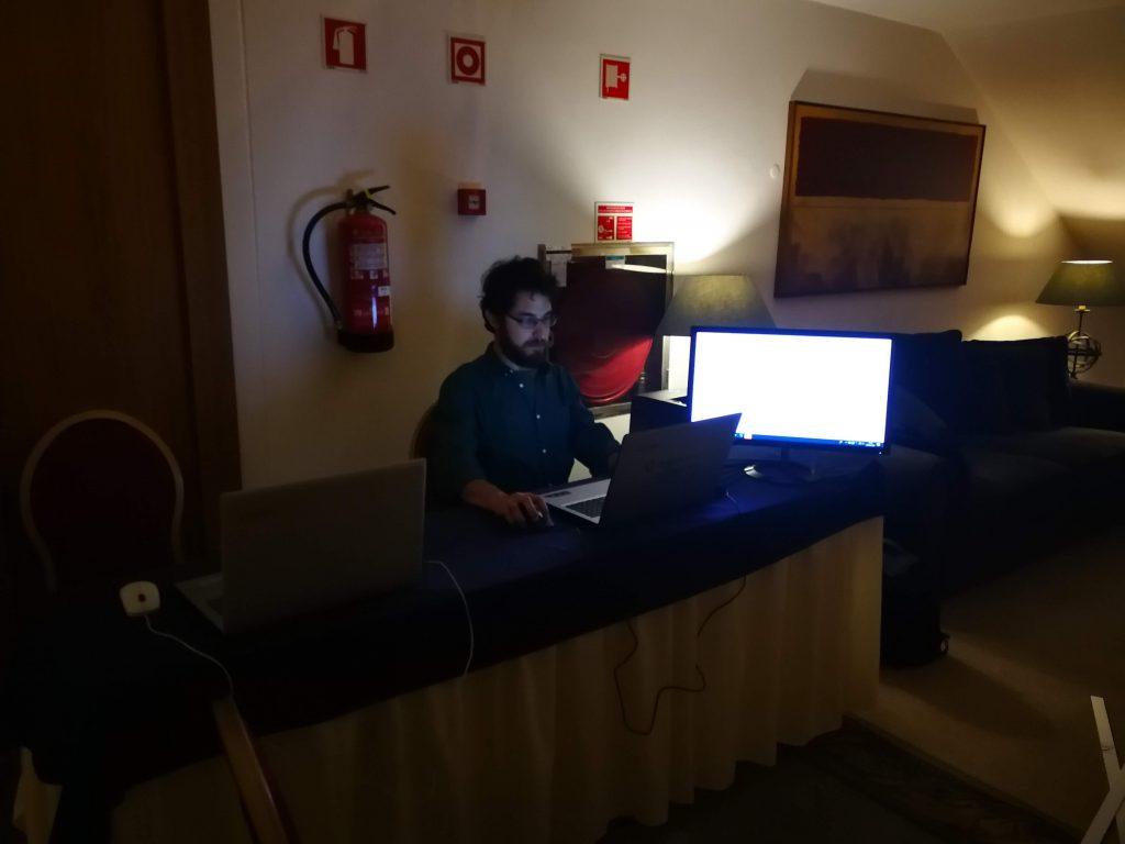 7CN - Slide Desk durante o evento